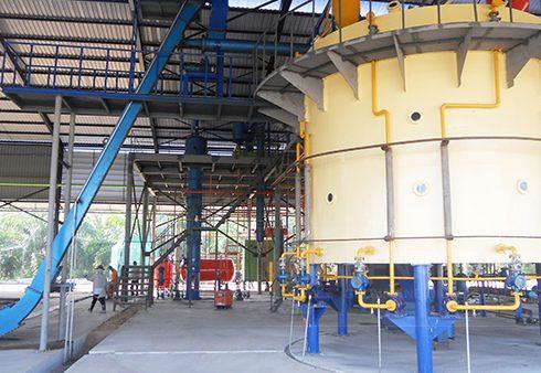 Rice bran oil pretreatment machine
